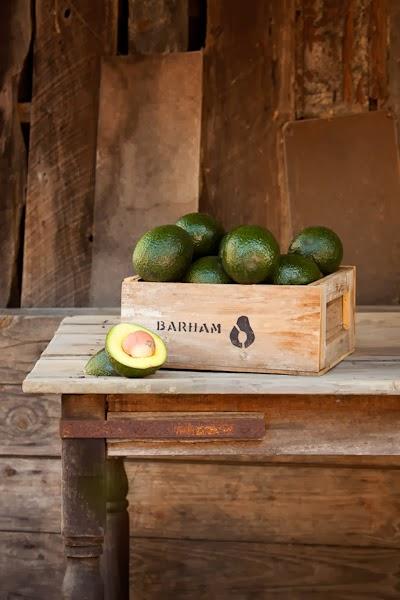 Barham_Avocados_Sarah_Anderson_Victoria_avo_box_wooden_table_cut