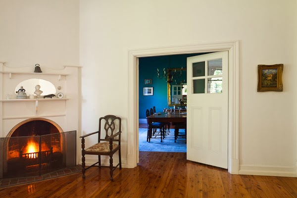 Barham_Avocados_Sarah_Anderson_Victoria_dining_room_fire_chair_old_house