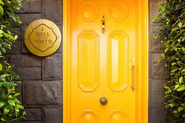Sarah_Anderson_Photography_Yellow_Door.jpg