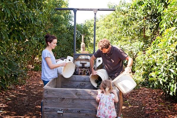 Barham_Avocados_Sarah_Anderson_Victoria_trees_truck_couple_girl_man_woman_avos_buckets