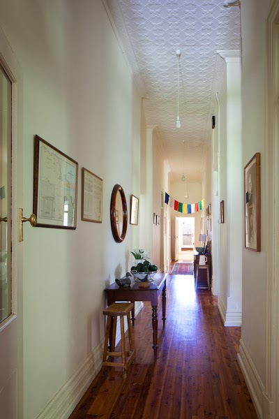 Barham_Avocados_Sarah_Anderson_Victoria_corridor_pictures_table_bunting_house_architecture_barham