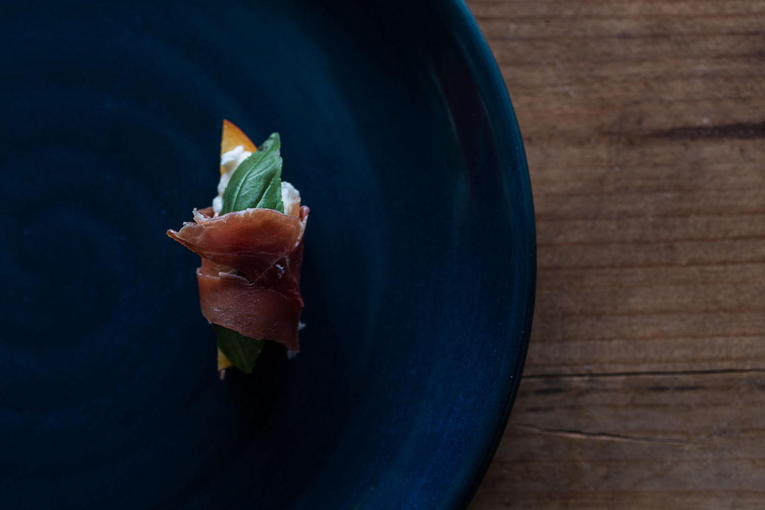photograph-of-pot-and-pan-culinary-tailoring-prosciutto-photography-by-sarah-anderson.jpg