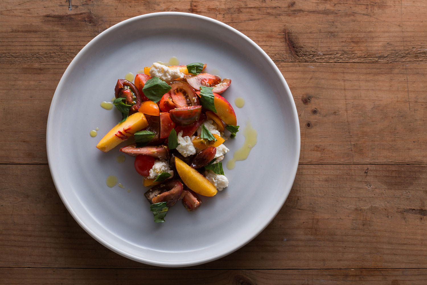 photograph-of-pot-and-pan-culinary-tailoring-tomato-salad-taken-by-sarah-anderson-photography.jpg