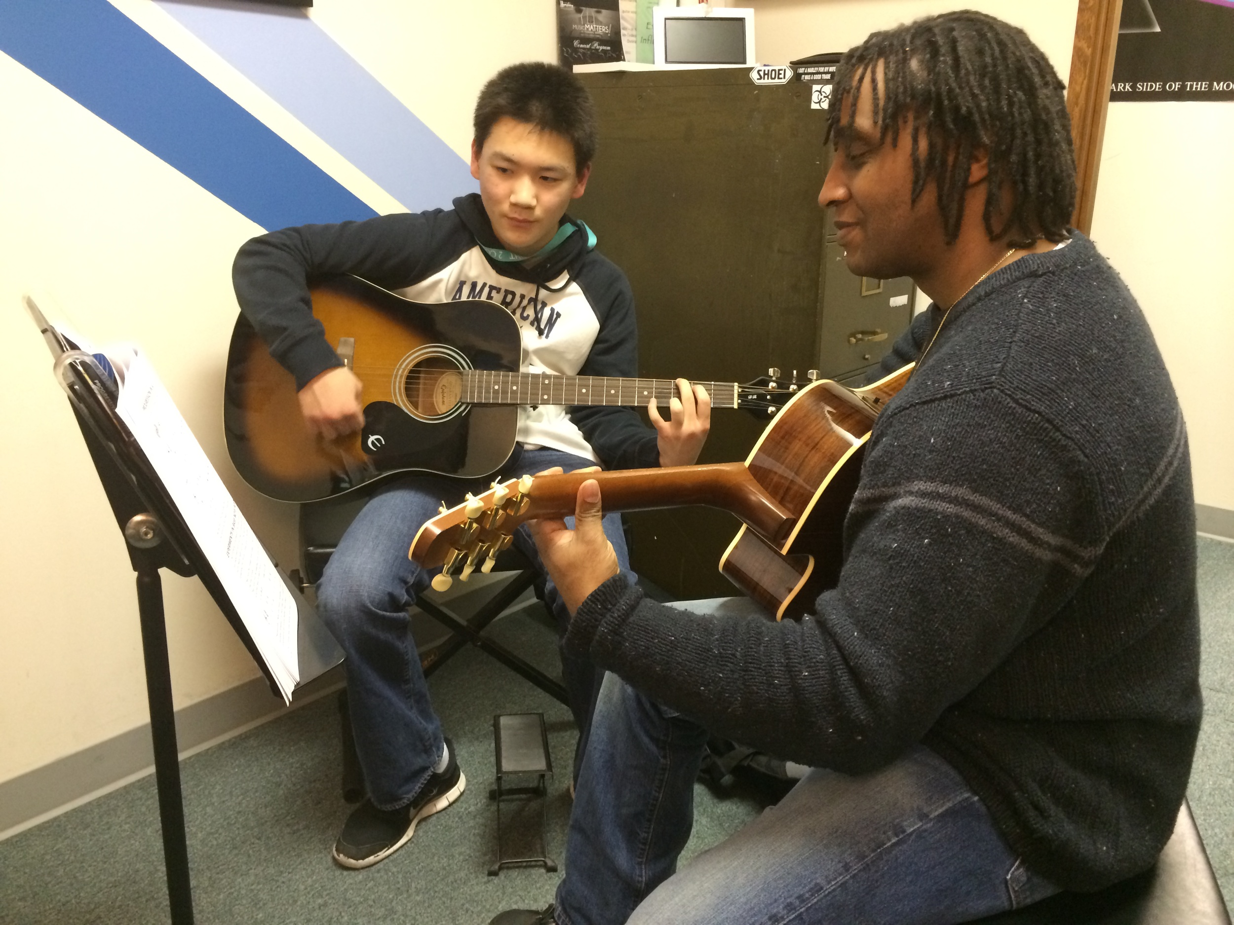 Leon-Christian-Guitar-Lessons-Acoustic-Federal-Way-Seattle-Tacoma-WA