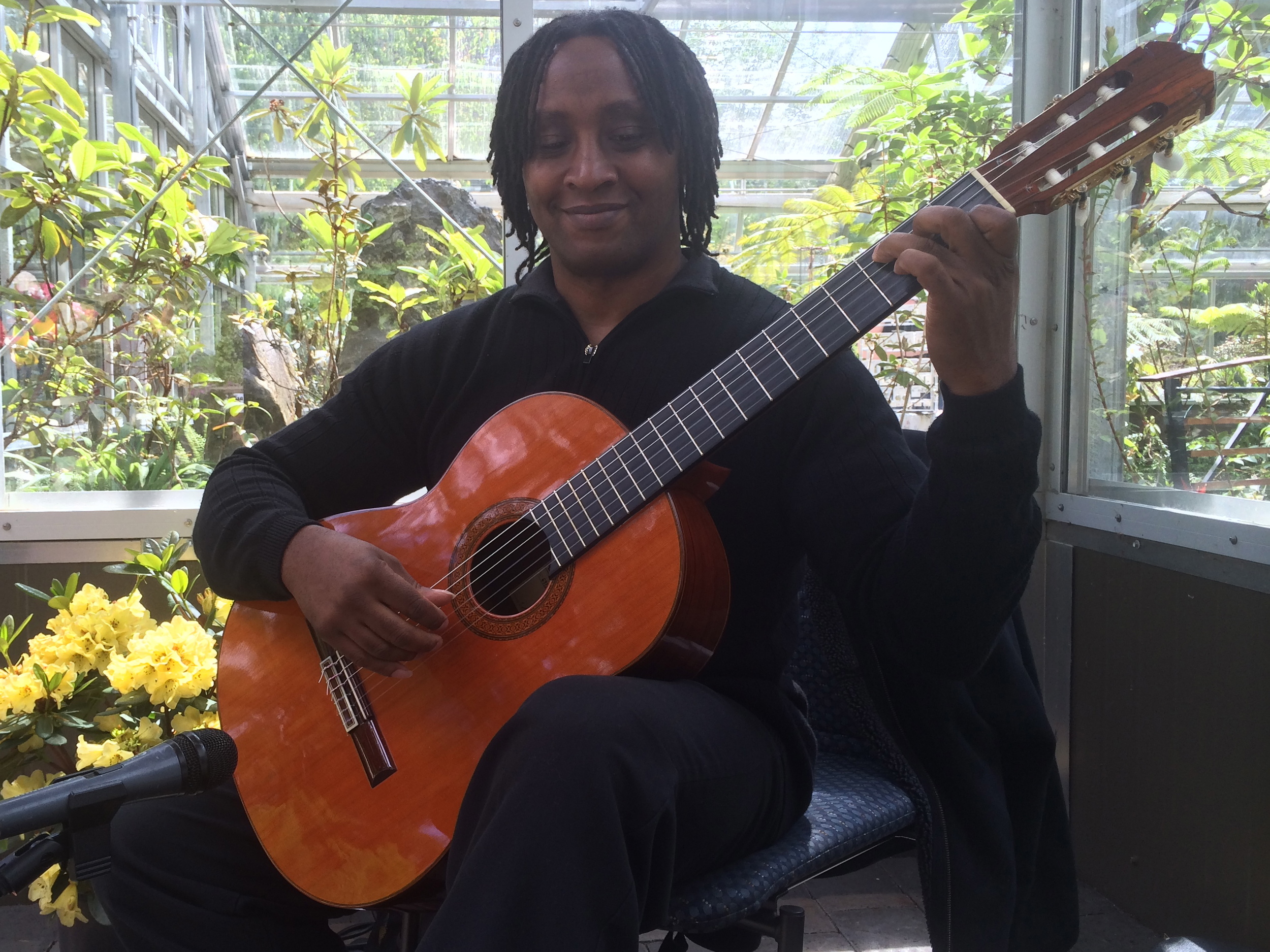 Leon Christian Classical Guitar Rhododendron Botanical Garden Recital