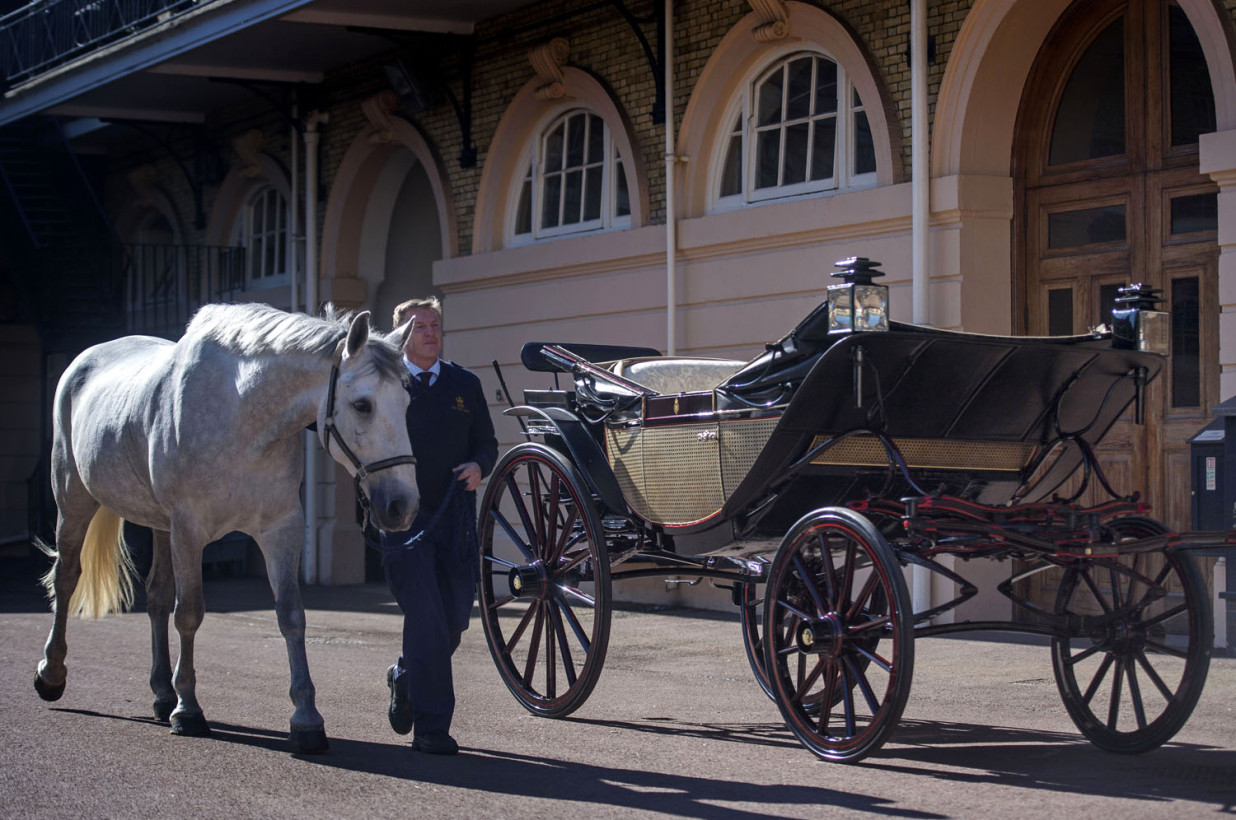 Prince Harry and Meghan Markle's have chosen an open-topped Ascot Landau from the royal carriage collection to use in their wedding procession.