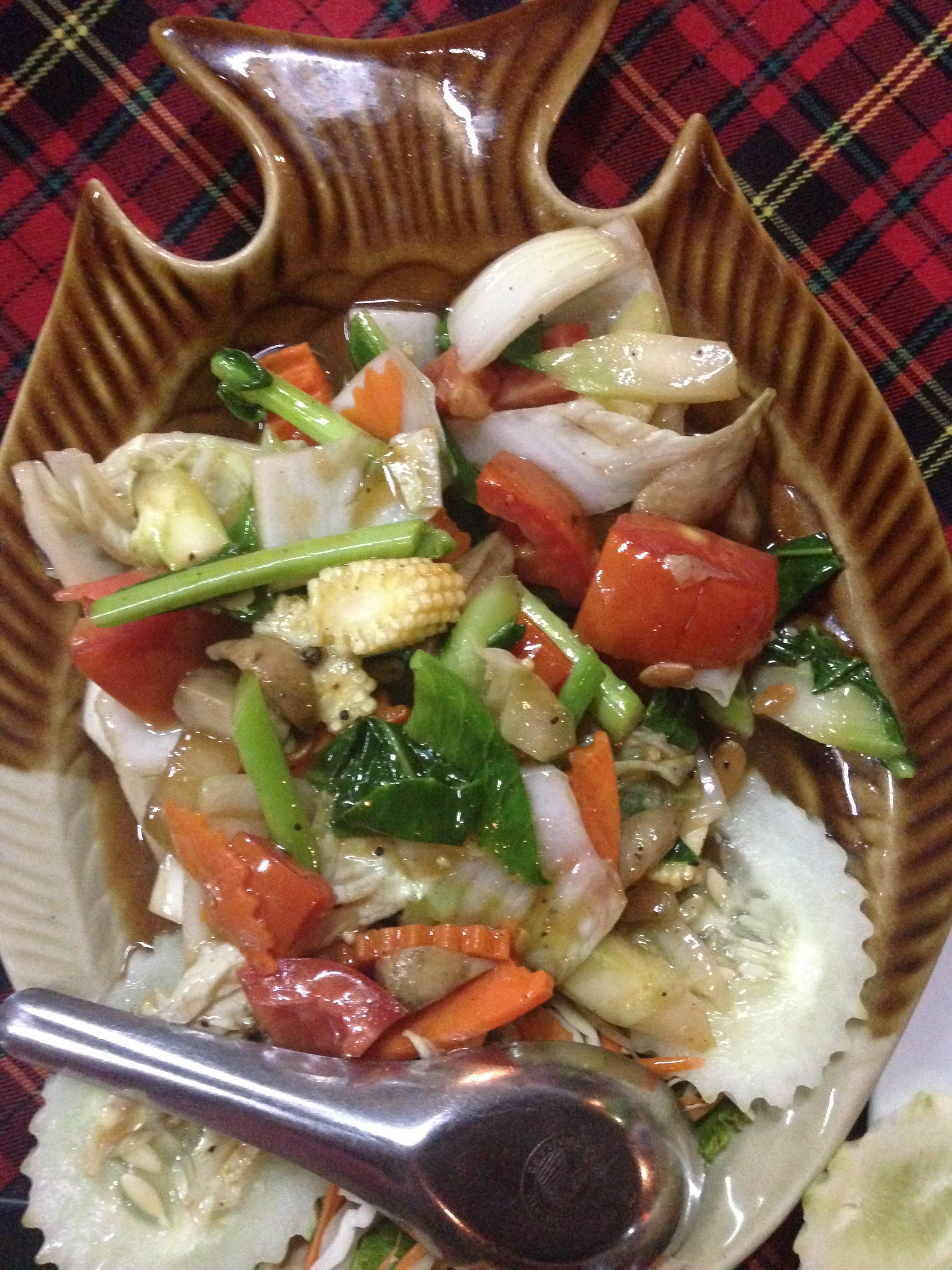Fried emerald vegetable. Na první pohled obyčejná vařená zelenina, přesto jsme se po ni mohli utlouct.
