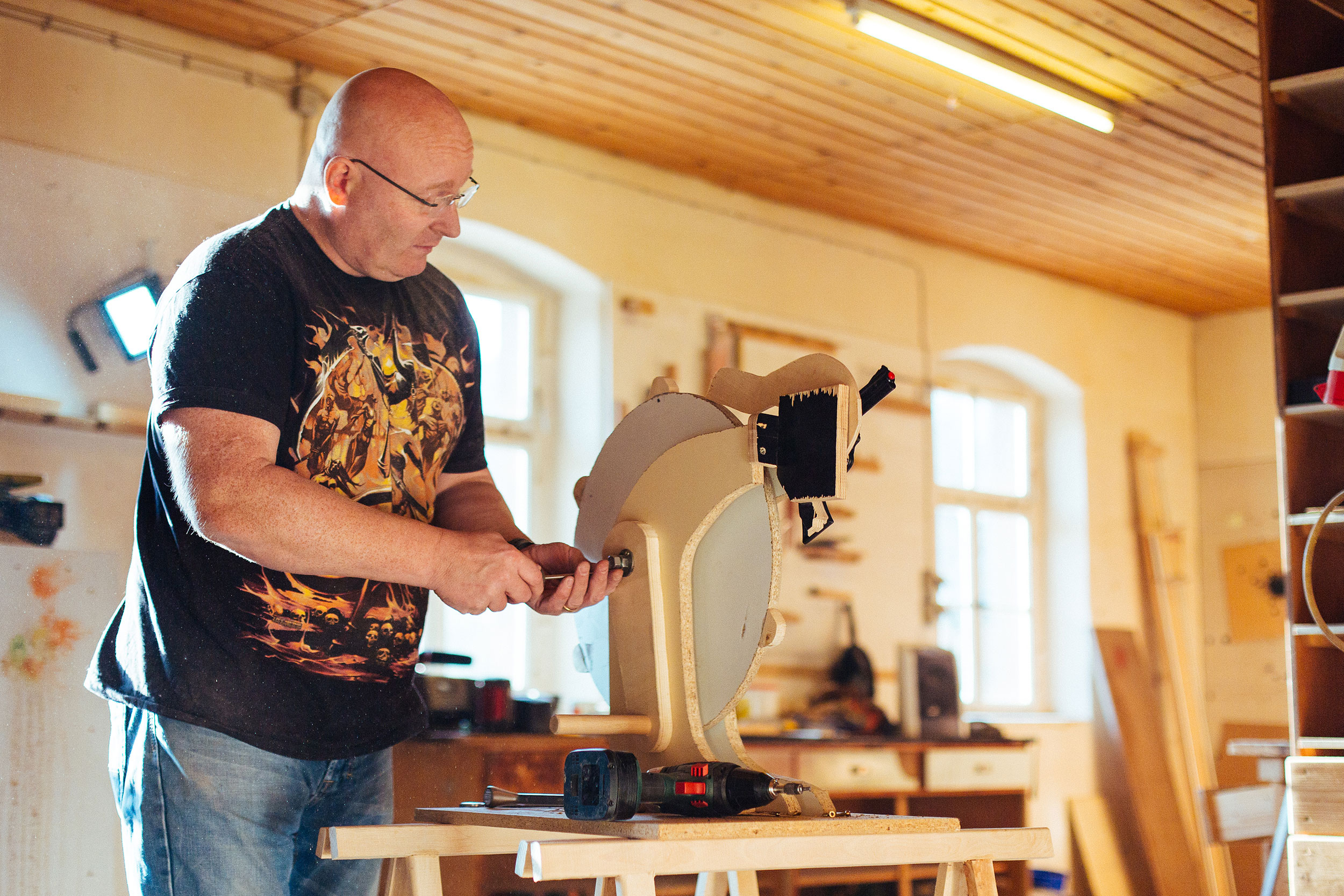 Jorg Sprave making the prototype in his studio.