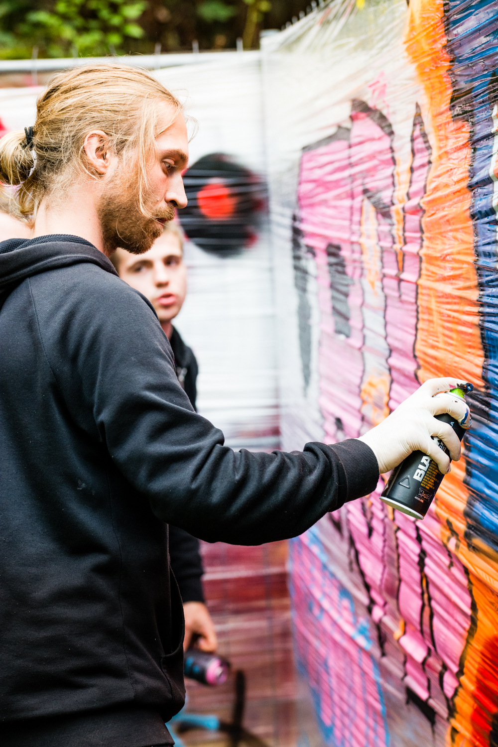 Graffiti at Stains In The Sun II Festival_by Philipp Lindenau_ph