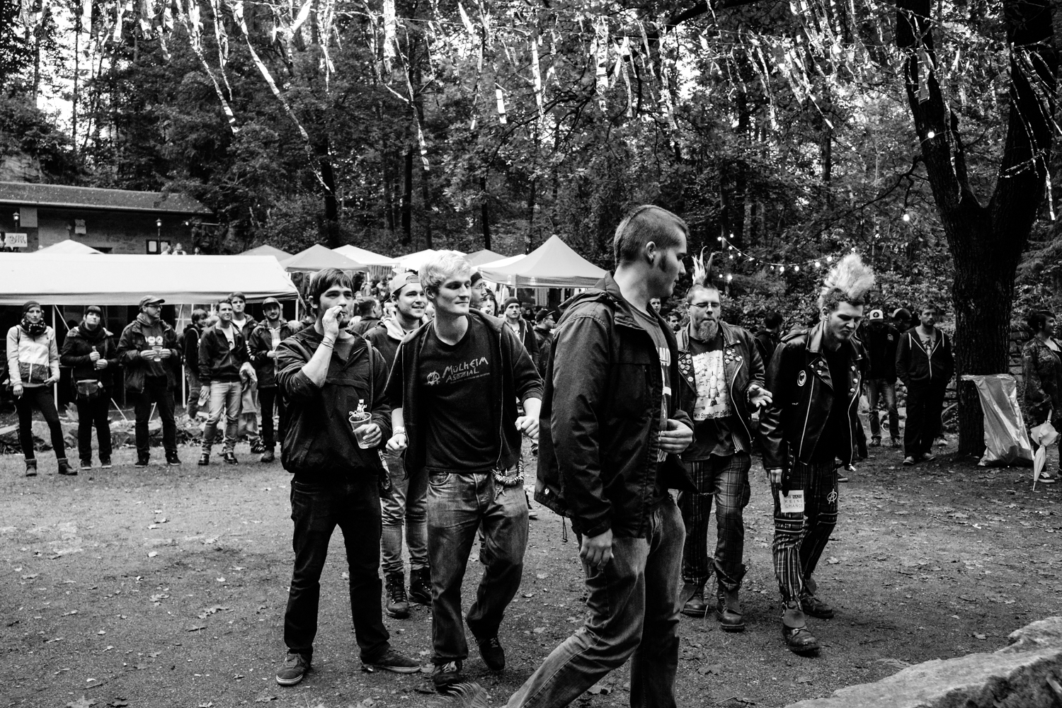 Crowd at Stains In The Sun II Festival_by Philipp Lindenau_phili