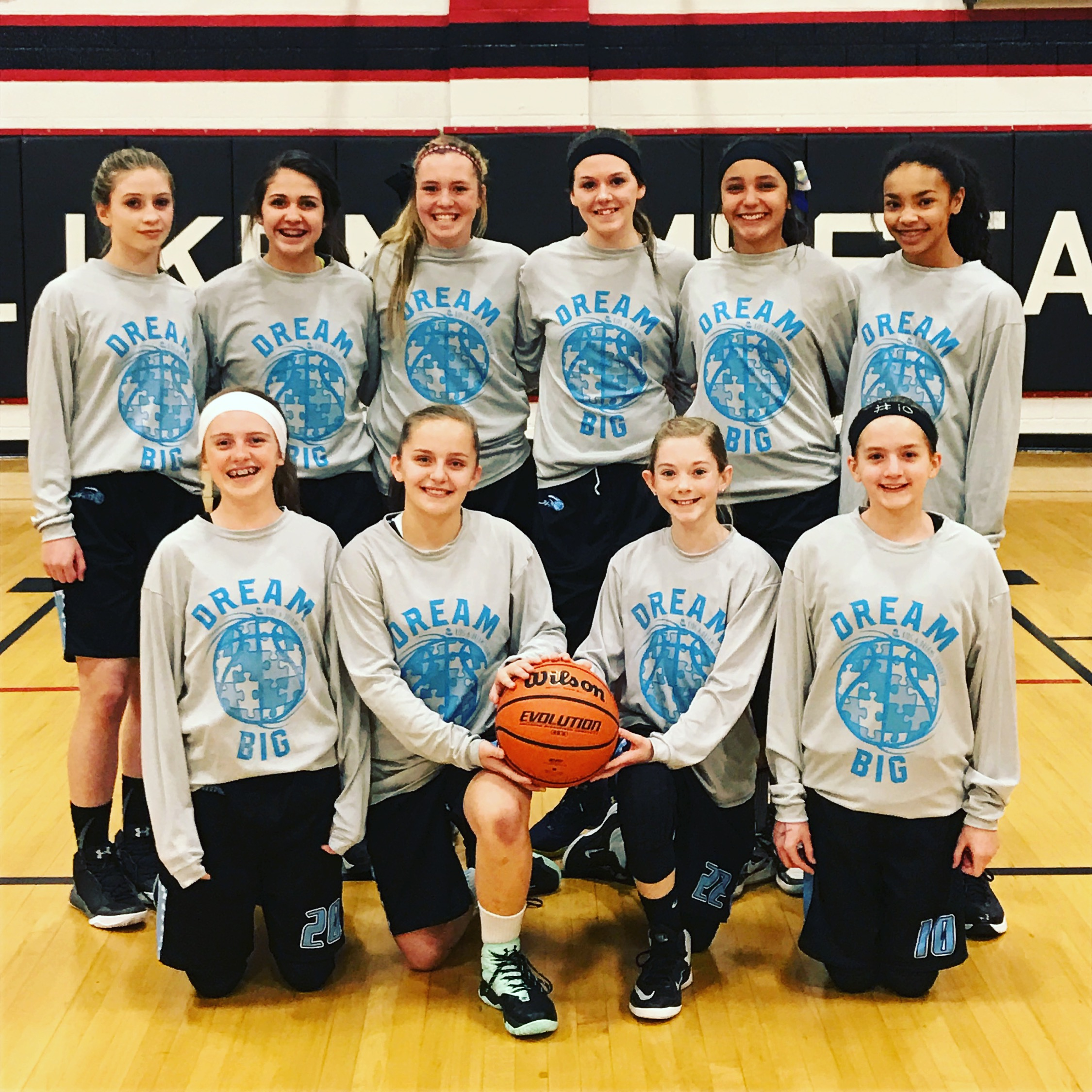 The Colorado Jam travel team helped us spread awareness in their state this past year during their tournaments!! Very thankful for their support and wearing our Dream Big shirts.