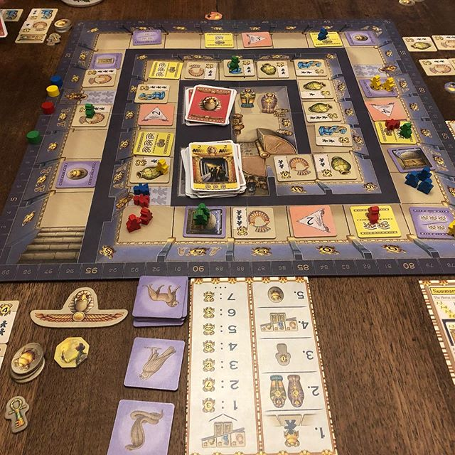 First play through of Luxor. It's awesome! @real_queengames