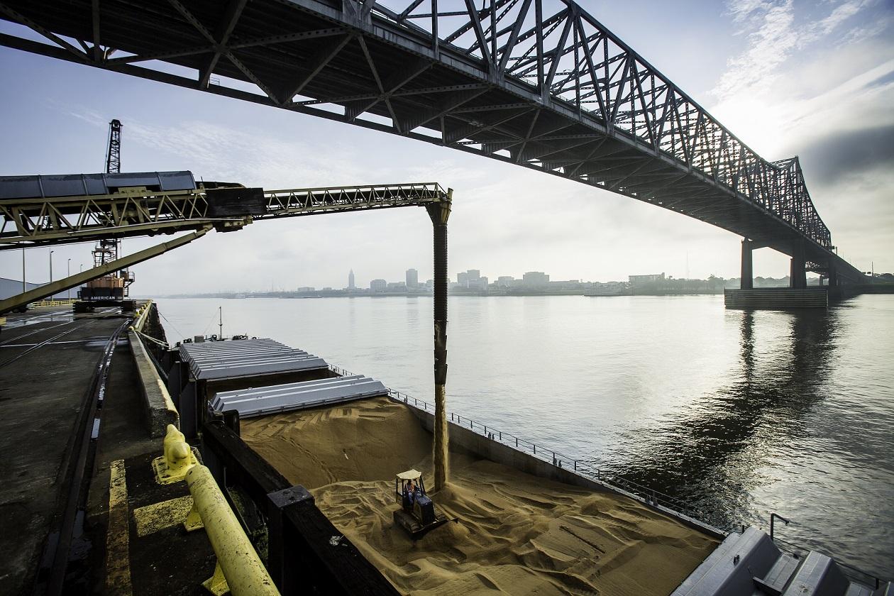 2012 Barge Loading Sugar