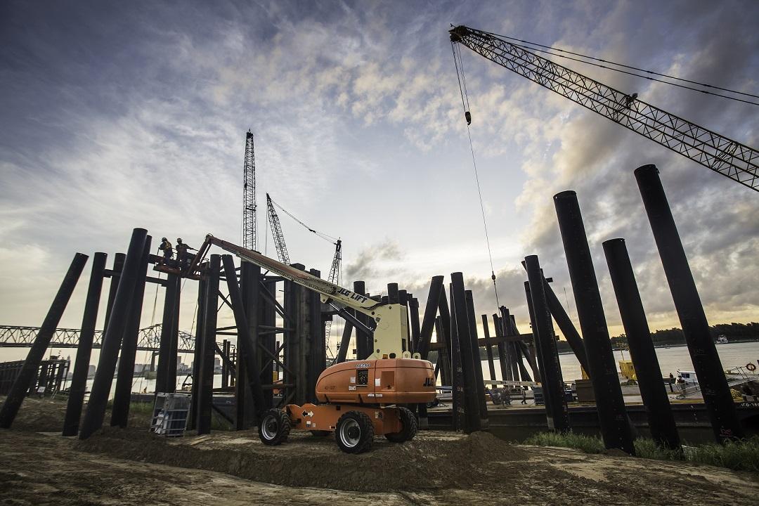 2012 Foundation Pilings for New Grain Dock