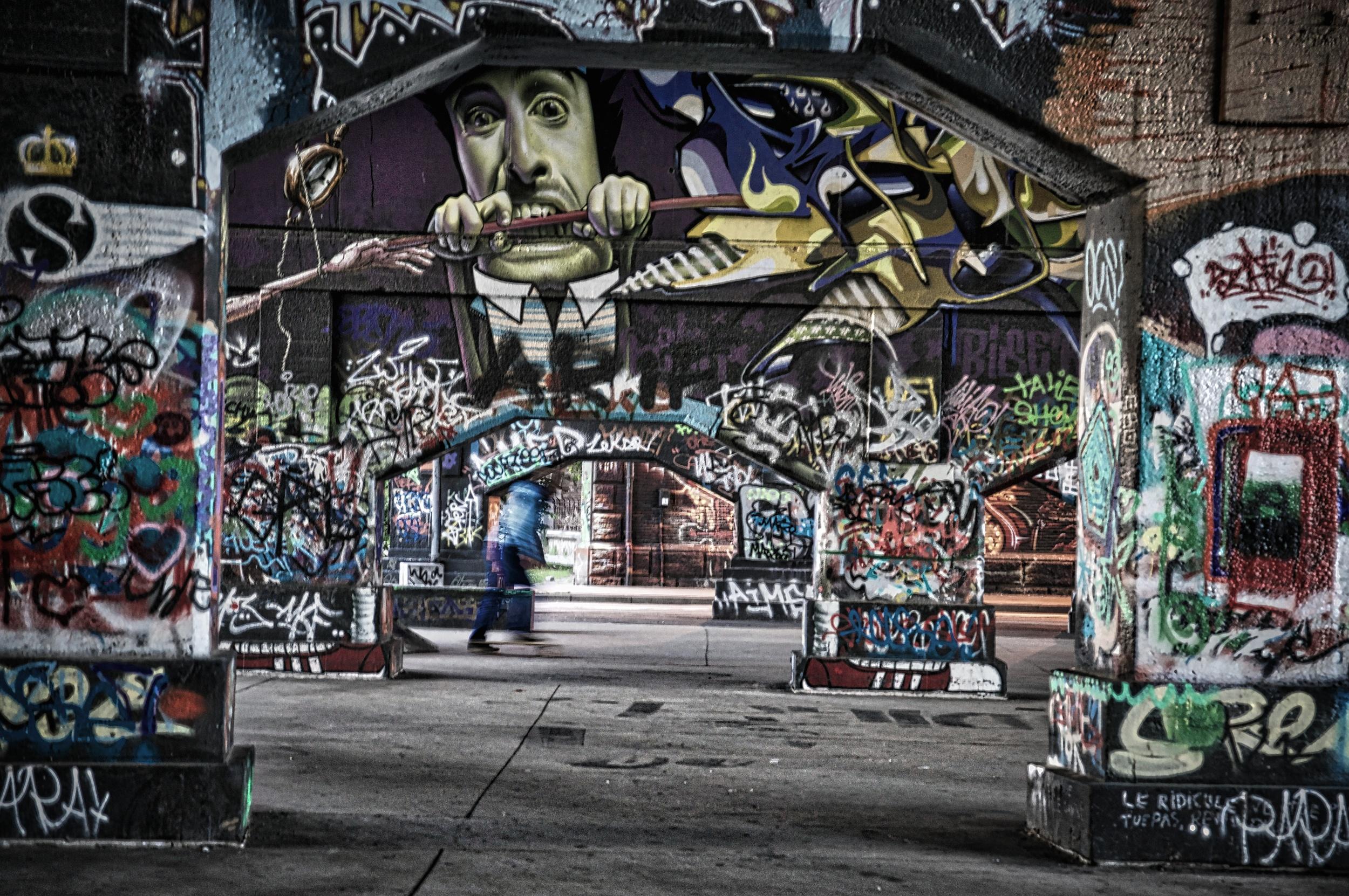 Graffiti skater.jpg