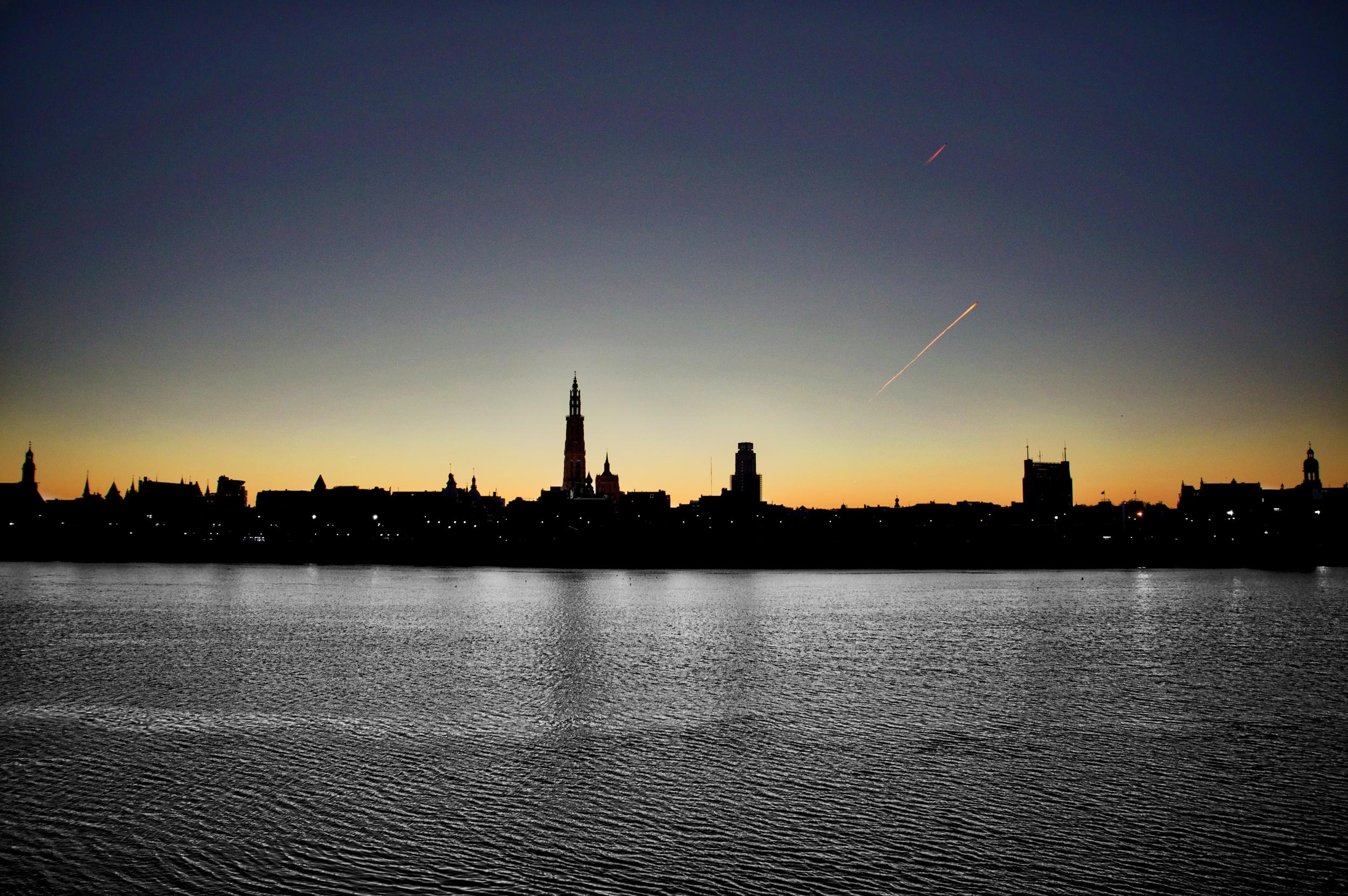 Skyline of Antwerp.jpg