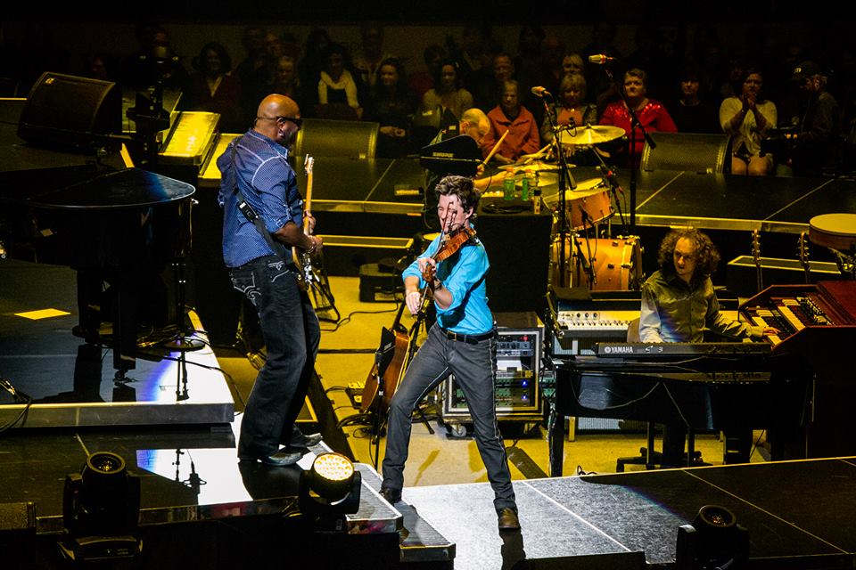 November 3, 2013 Performing with Tariqh Akoni at Wells Fargo Center, Philadelphia, PA In The Round Tour   Photo by Shannon Marie Clearwater