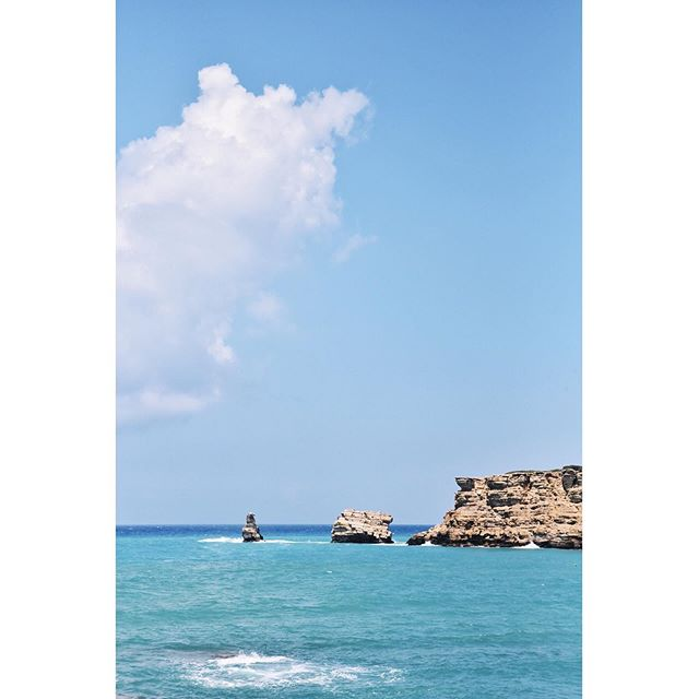 S e c l u d e d 💦  One year ago in Crete... #ahhh #reminiscing 🇬🇷 . . . . #livelikeyouretraveling #takemeback #livewell #globalcreator #adventureinspired #livefull #travelinspired #exploremore #passionpassport #lifeofadventure #sweetescape #livethelittlethings #globalcitizen #welltraveled #trytheworld #visualsoflife #wander #goodforthesoul #chicagoblogger #theartofslowliving #crete #greece #cretegreece #visitcrete #creteisland #landscapeporn #islandliving #islandlove