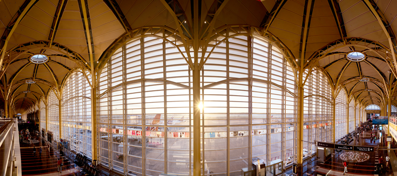 Artists Circle commissioned a photographer to take a custom panoramic photo of Reagan Washington National Airport.