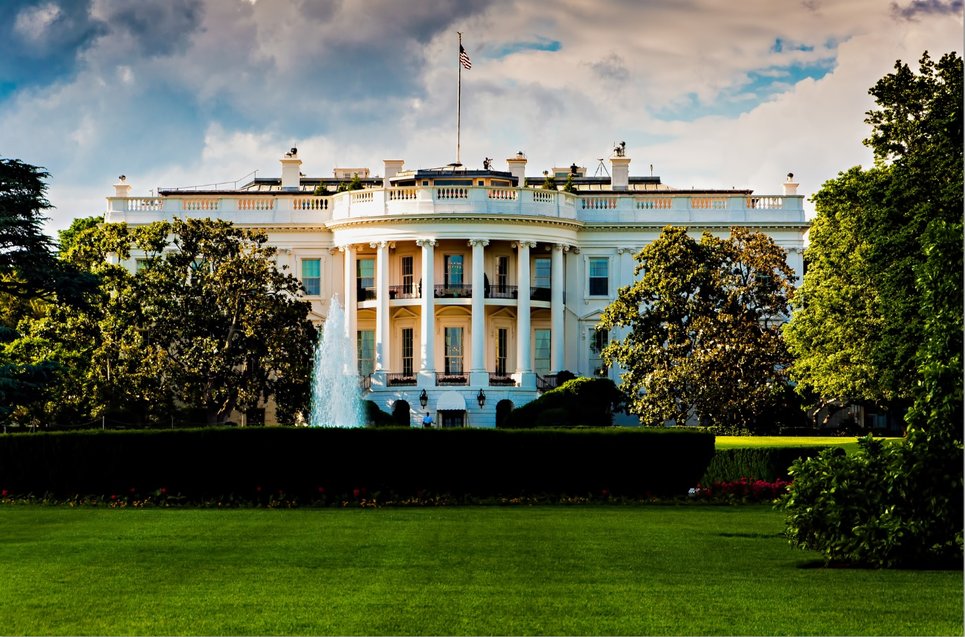 white house in summer.jpg