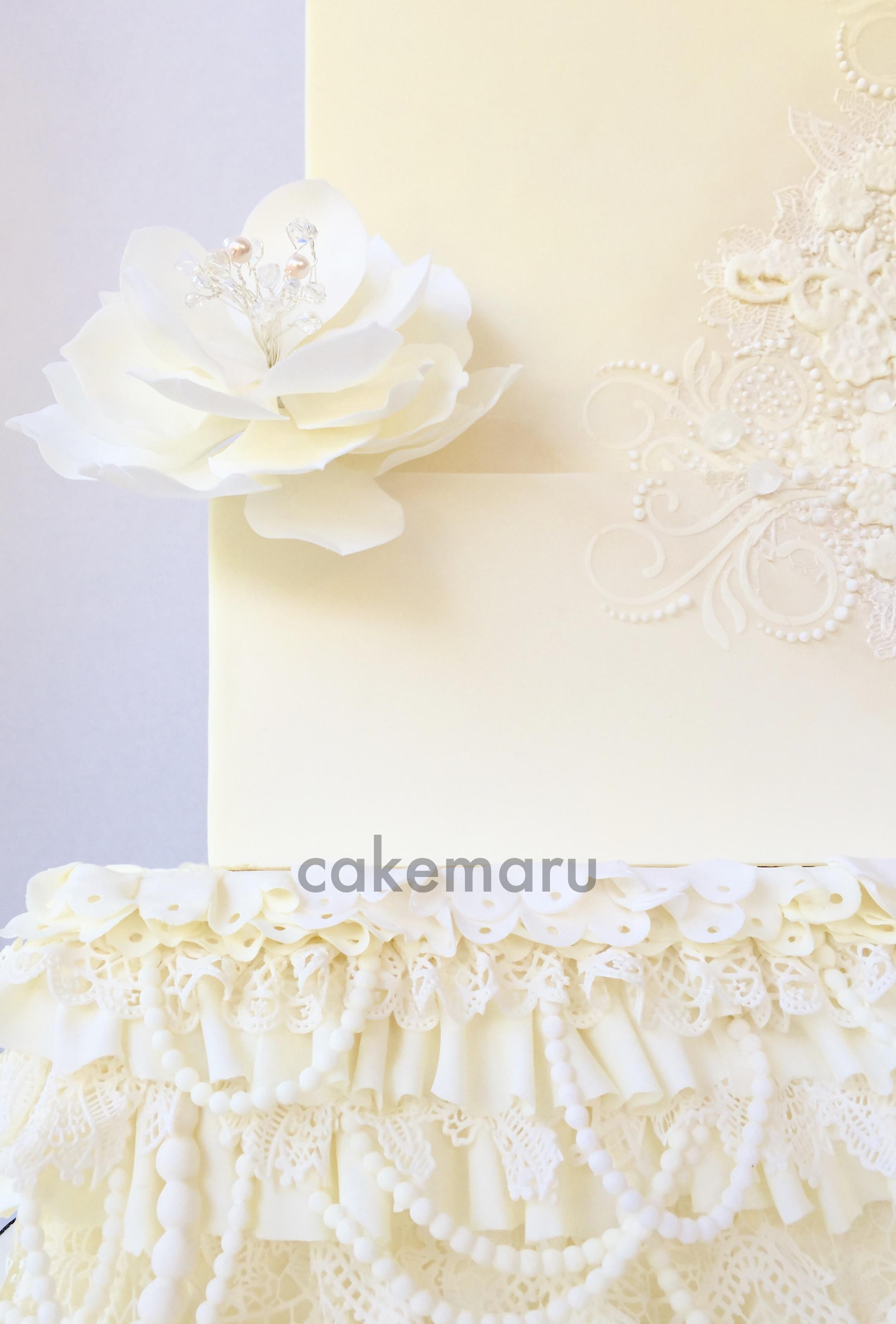 Beaded Lace Wedding Cake Detail.jpg