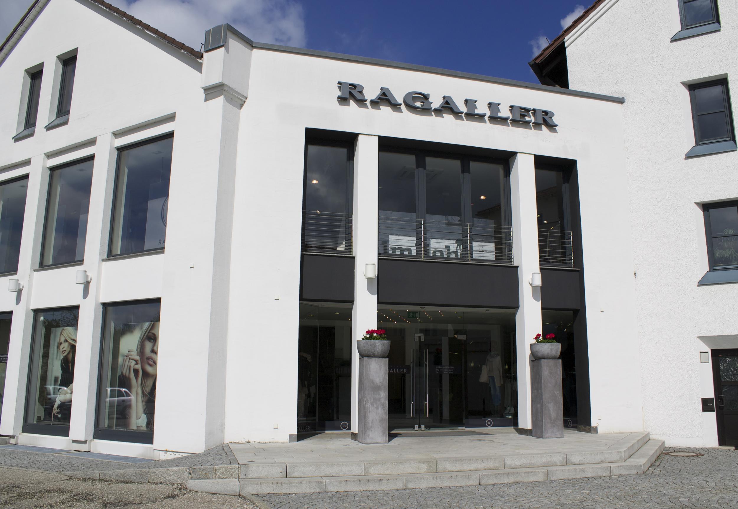 Haupteingang Ragaller