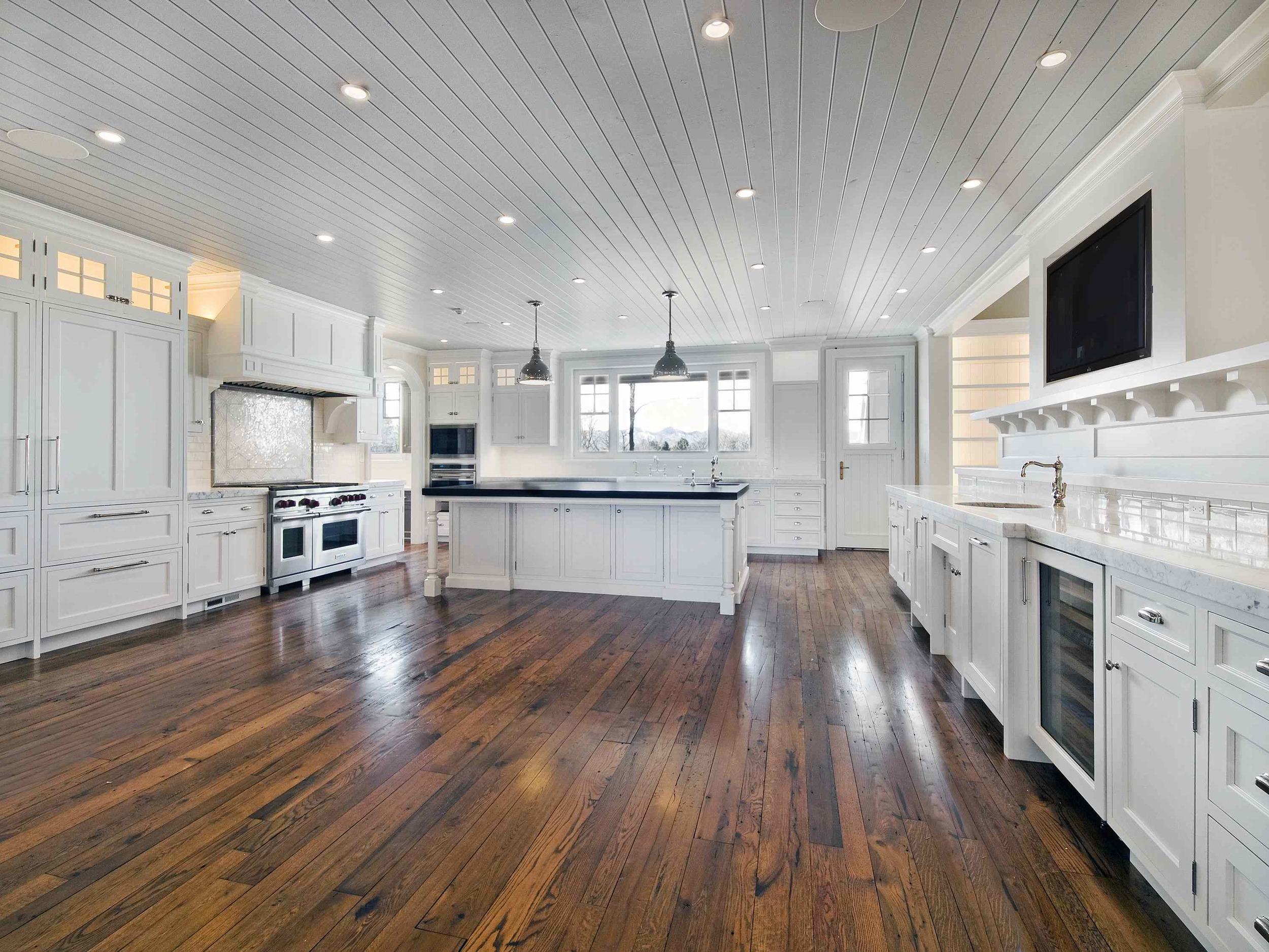 Manhattan Hardwood Floors LLC