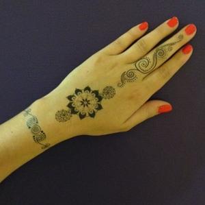 henna+2.jpg
