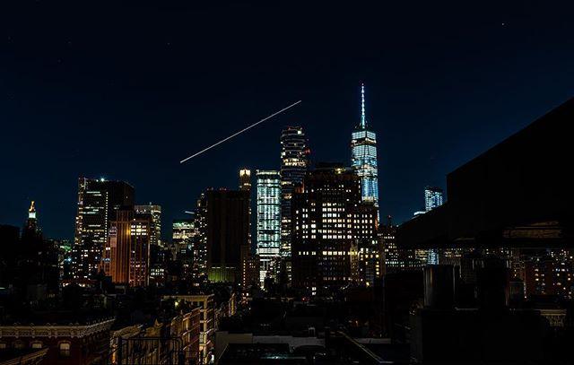Lights - New York #nikon #nikonphotography #d850 #skyline #newyork #citylife #lightstreaks #nightphotography #joby #shooteverything