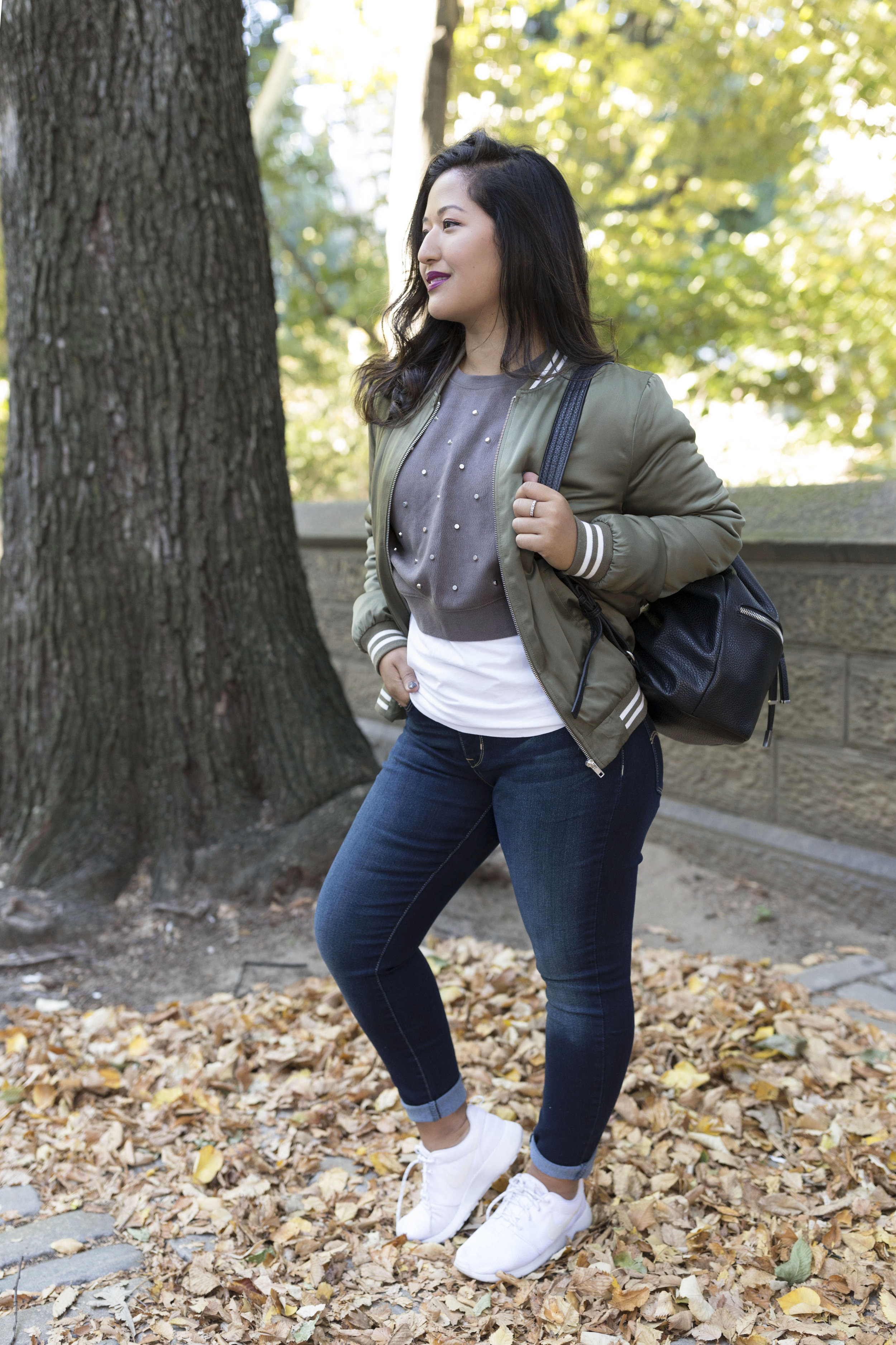Krity S Walmart Signature Levi Denim Modern Skinny Jeans Weekend Outfit