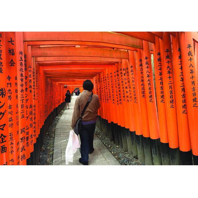 Fushimi Inari Taisha.  Climbing to the top was a truly meditative and life changing experience for us! #japan #March2015 #TBT #kyoto #fushimiinari #vermillion #bang3outhere