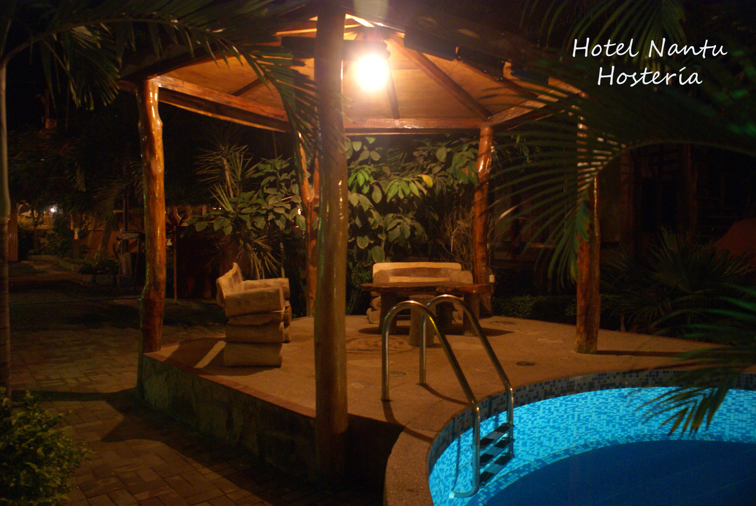 HotelNantuPool.JPG