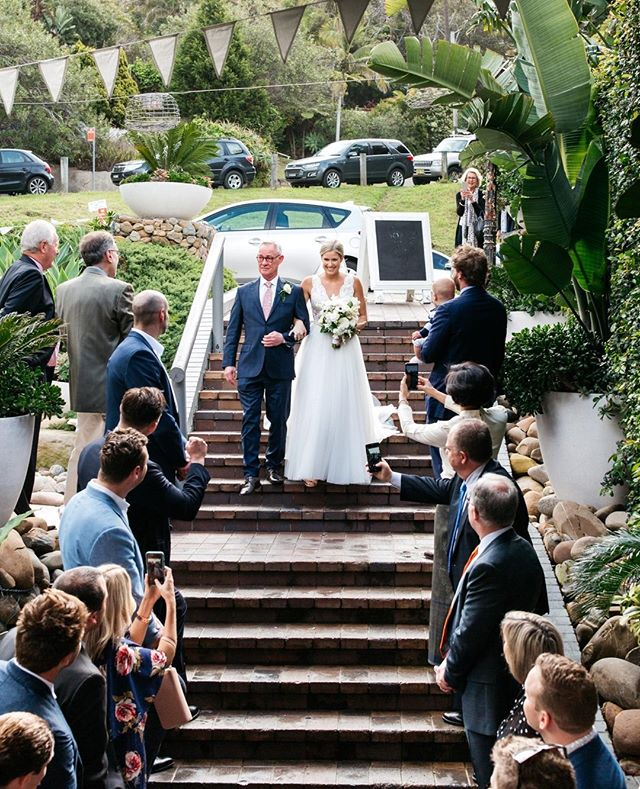 Pen arriving at Moby Dicks. We offer ceremonies in the garden courtyard.  Photo | @photosbyjessieann #theboathousegroup #mobydickswhalebeach #weddingceremony #weddings #sydneyevents