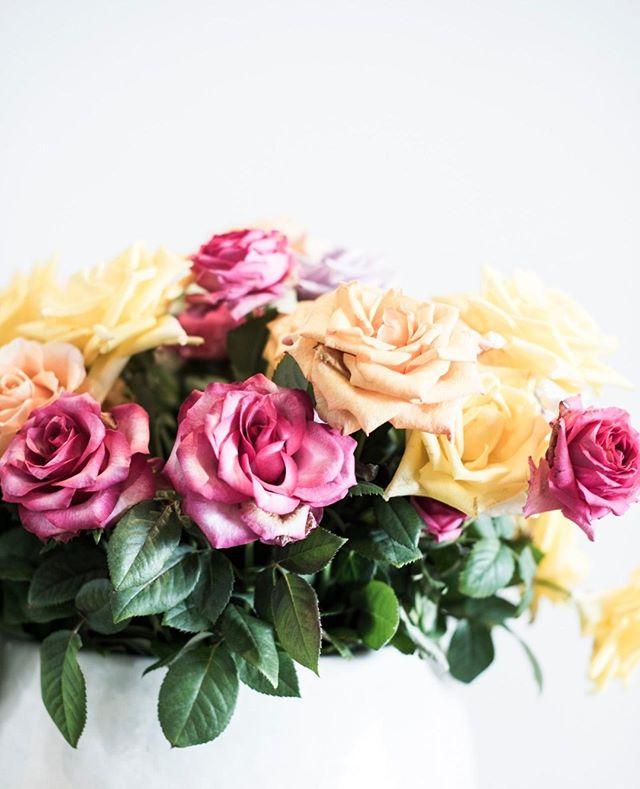 Beautiful florals #theboathousegroup #mobydickswhalebeach #theboathouseflowers #weddings #sydneyevents