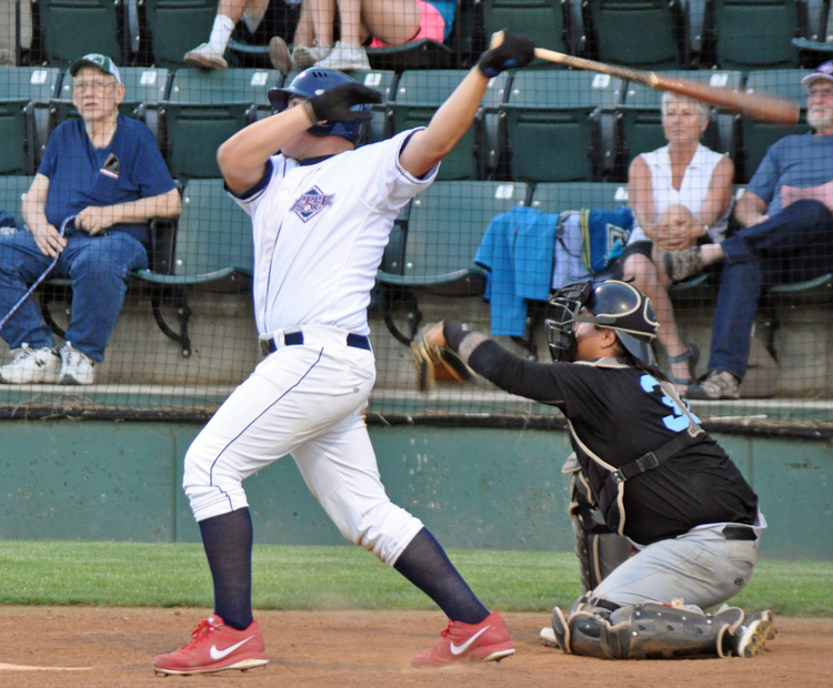 Chase Lewallen led the AppleSox with 5 RBI in the first non-league series. He and the Sox welcome the Spokane Expos, Saturday.