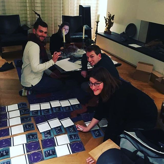Signing CDs for our concert in Amsterdam tonight! Come if you're here. Or tune in for our sporadic live streams later on! . . . #damask #quartet #voices #concert #amsterdam #signing #stars #cd #album #debut #waalsekerk #performance #singers