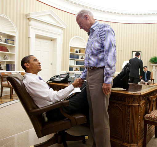 president obama resolute desk feet disrespect