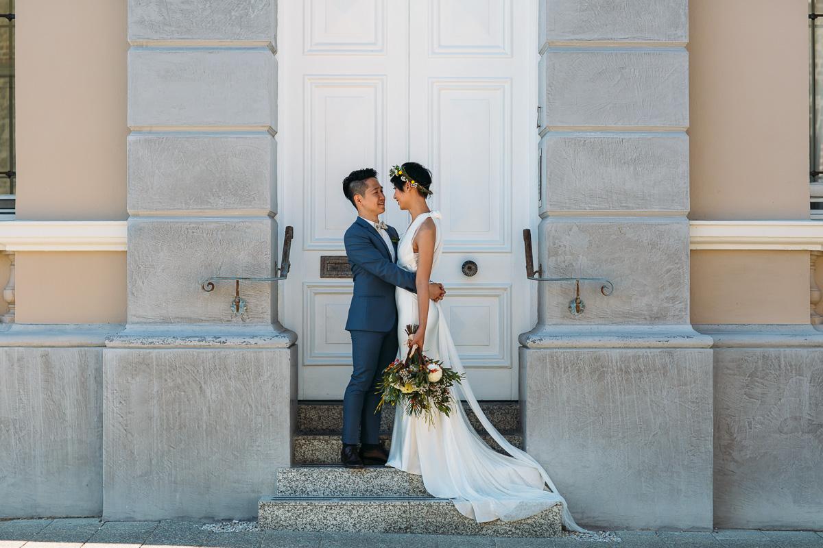 Vera Wang bride-Fremantle Wedding-Peggy Saas