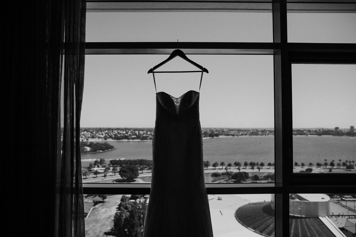 Carla + Andrew-Bib & Tucker-Fremantle wedding-Peggy Saas-6.jpg
