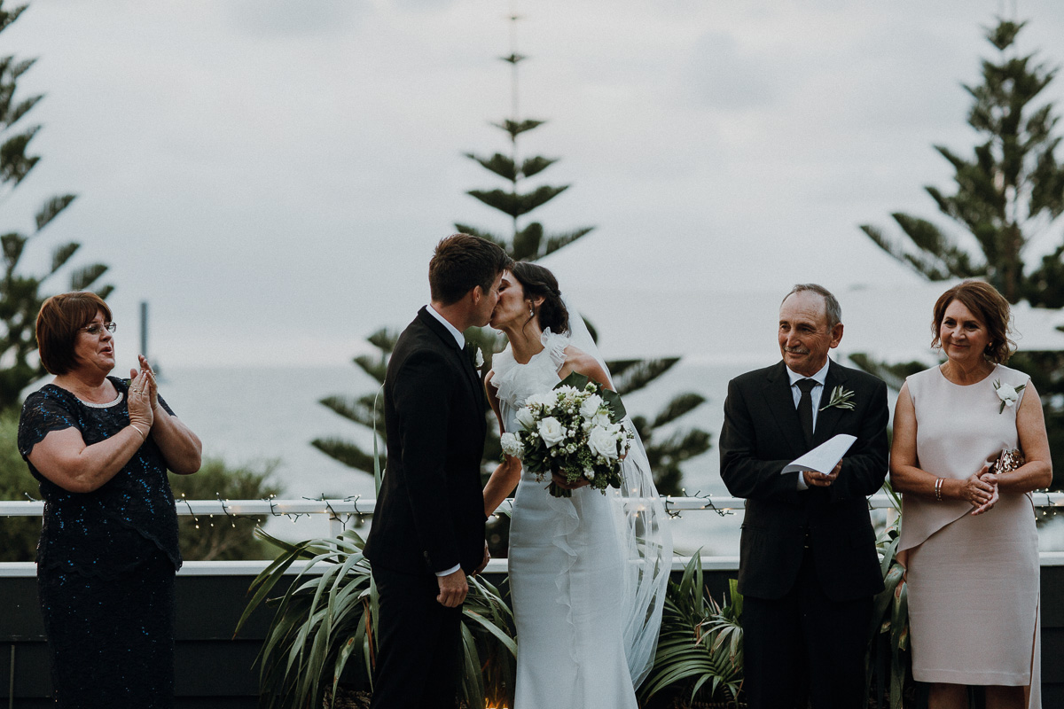 Peggy Saas-Perth Wedding Photographer-The Shorehouse Wedding-30.jpg