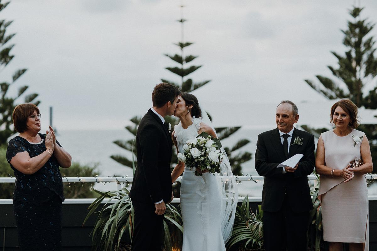 Peggy Saas-Perth Wedding Photographer-The Shorehouse wedding-54.jpg
