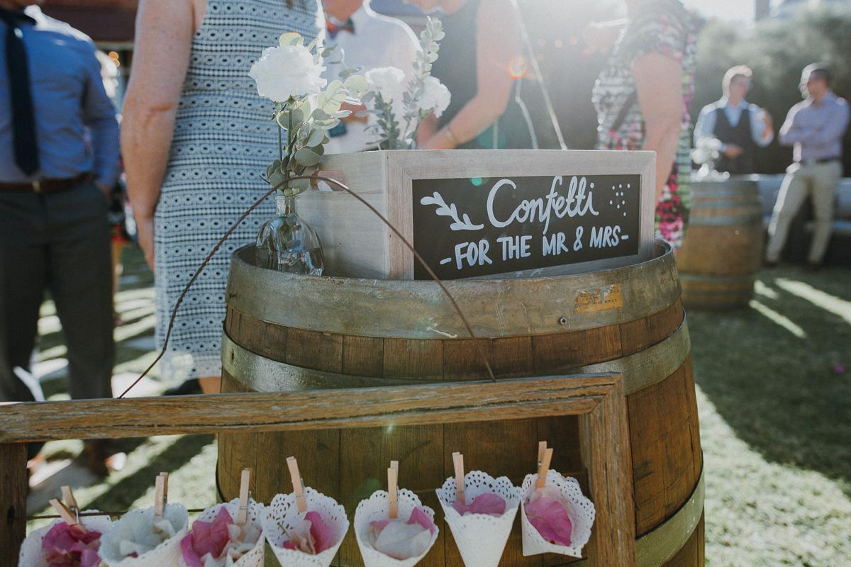 Peggy Saas-Perth Wedding Photographer-Torrens House York Wedding-34.jpg