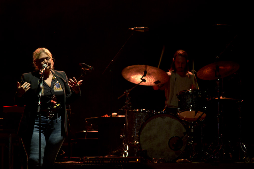 Elle King 8 sMALL.jpg