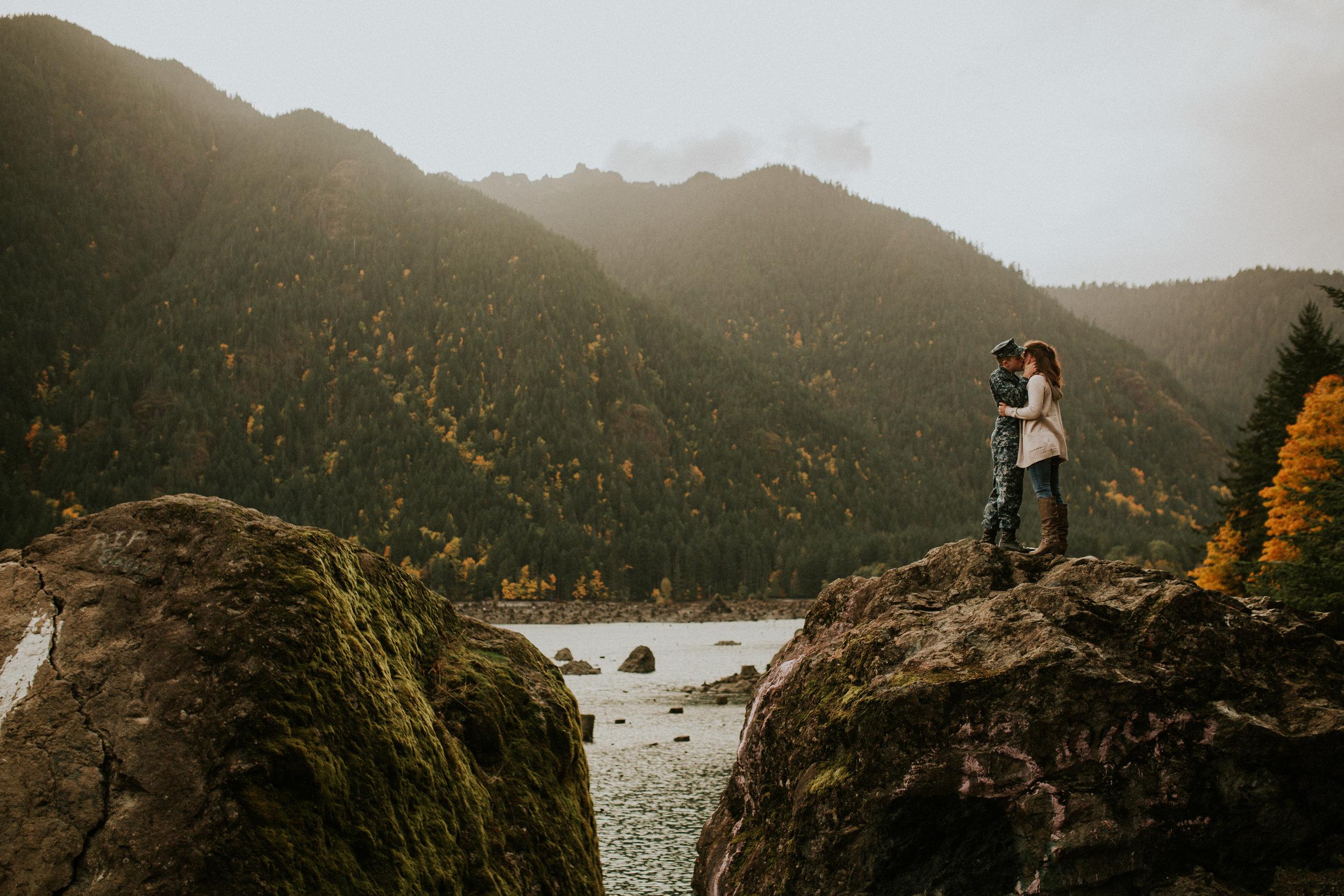 Lake-Cushman-Adventure-Engagement-photographer-breeanna-lasher-55.jpg
