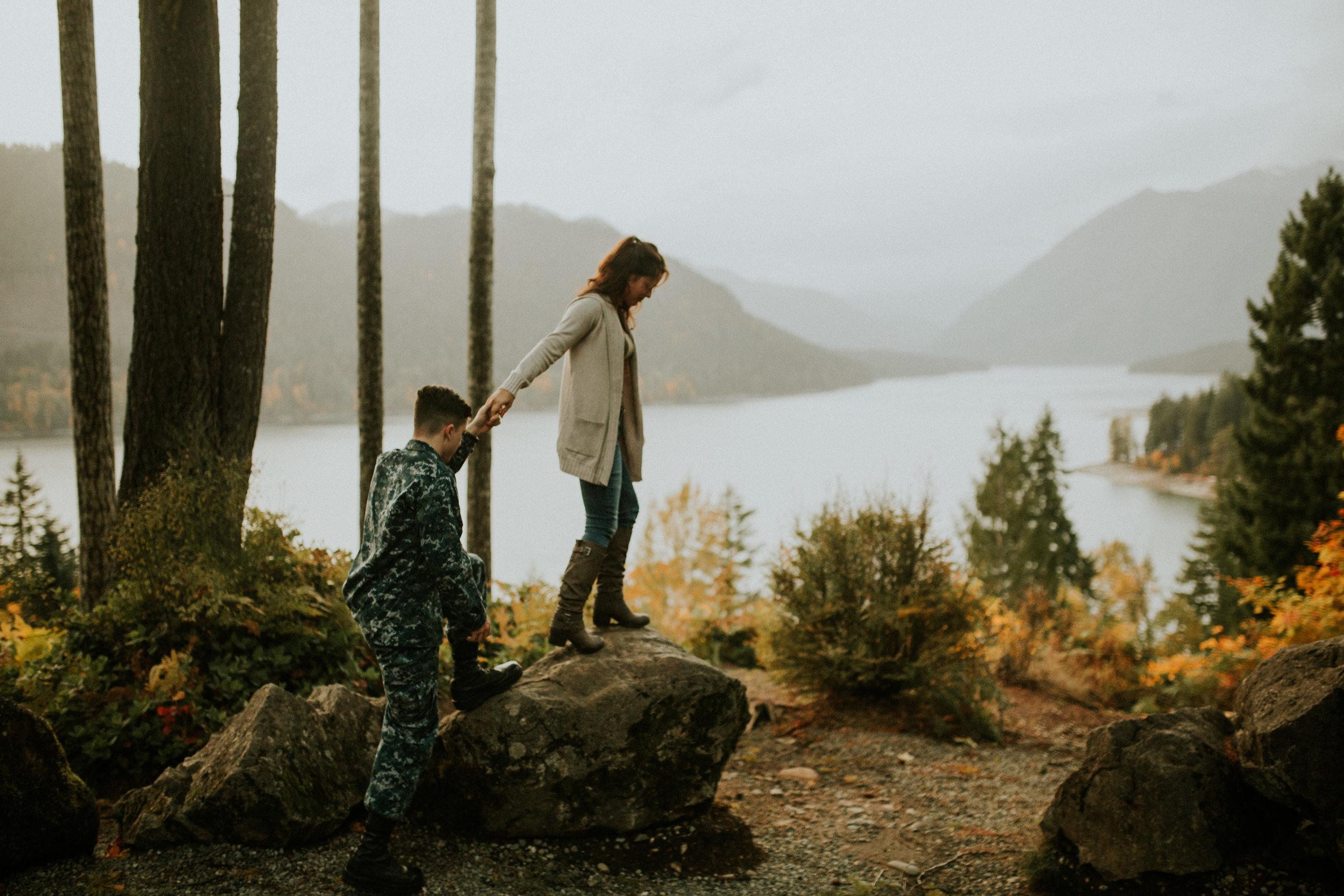 Lake-Cushman-Adventure-Engagement-photographer-breeanna-lasher-83.jpg