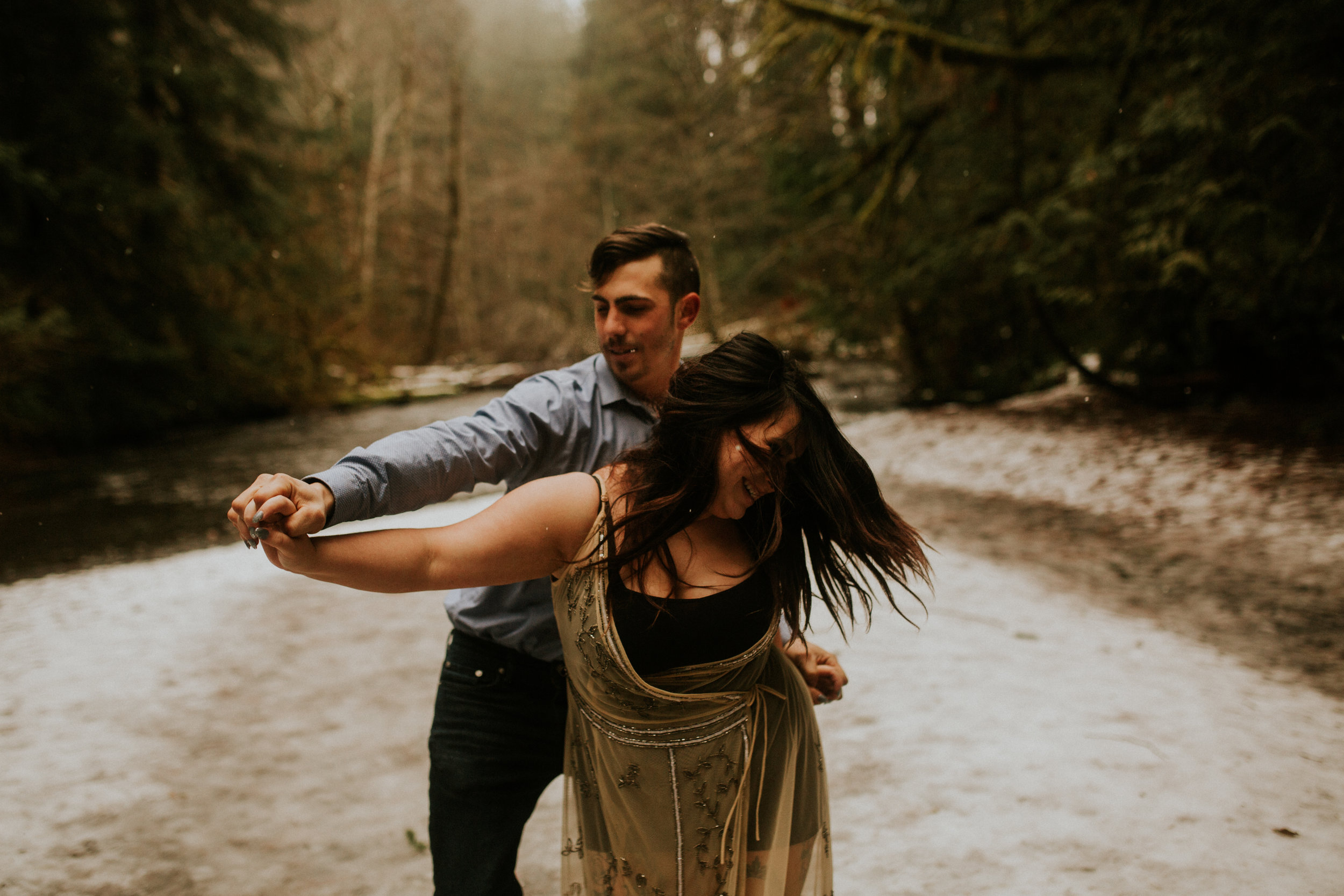 Olympic peninsula engagement session by breeanna lasher