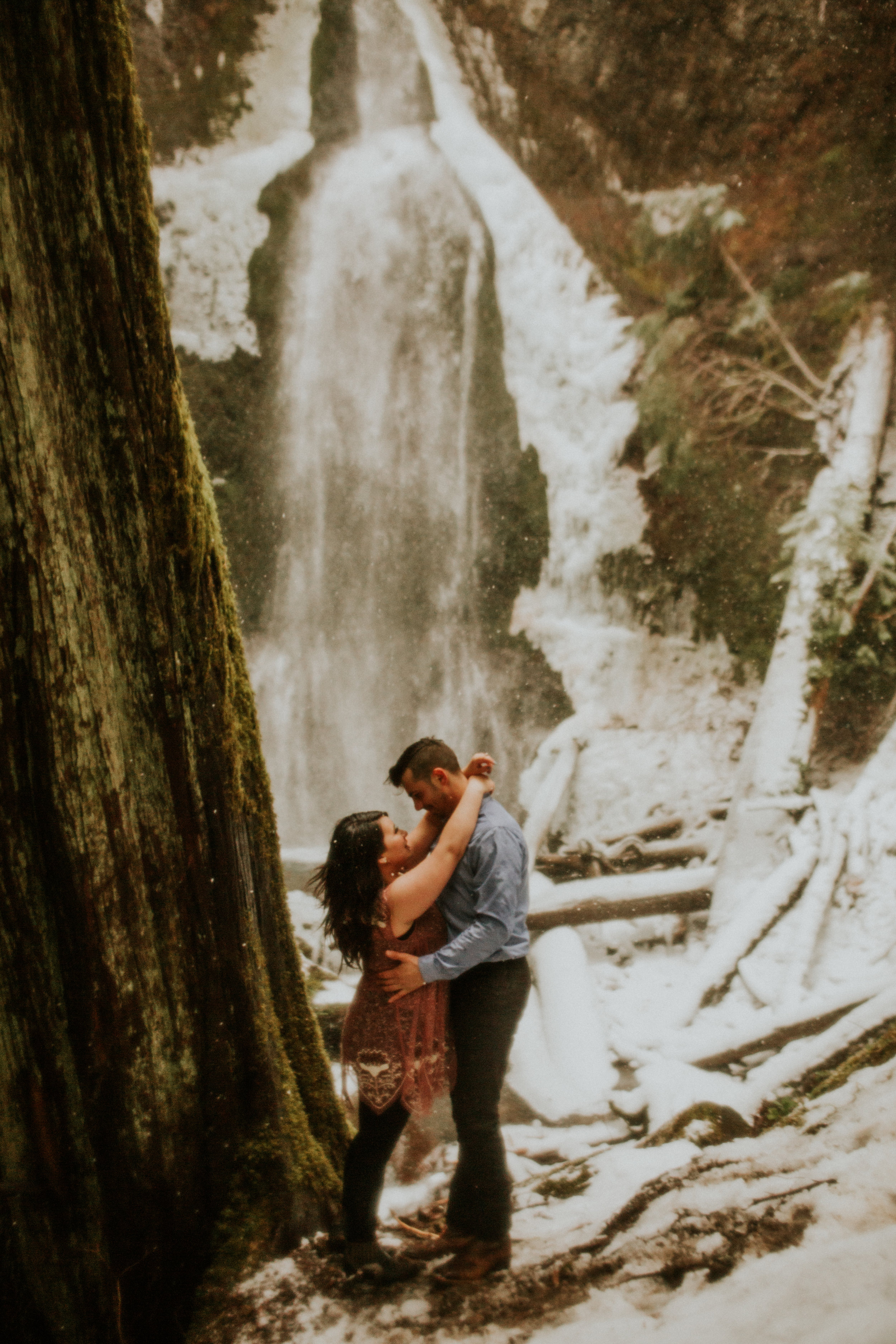 marymere falls engagement session at olympic peninsula by breeanna lasher