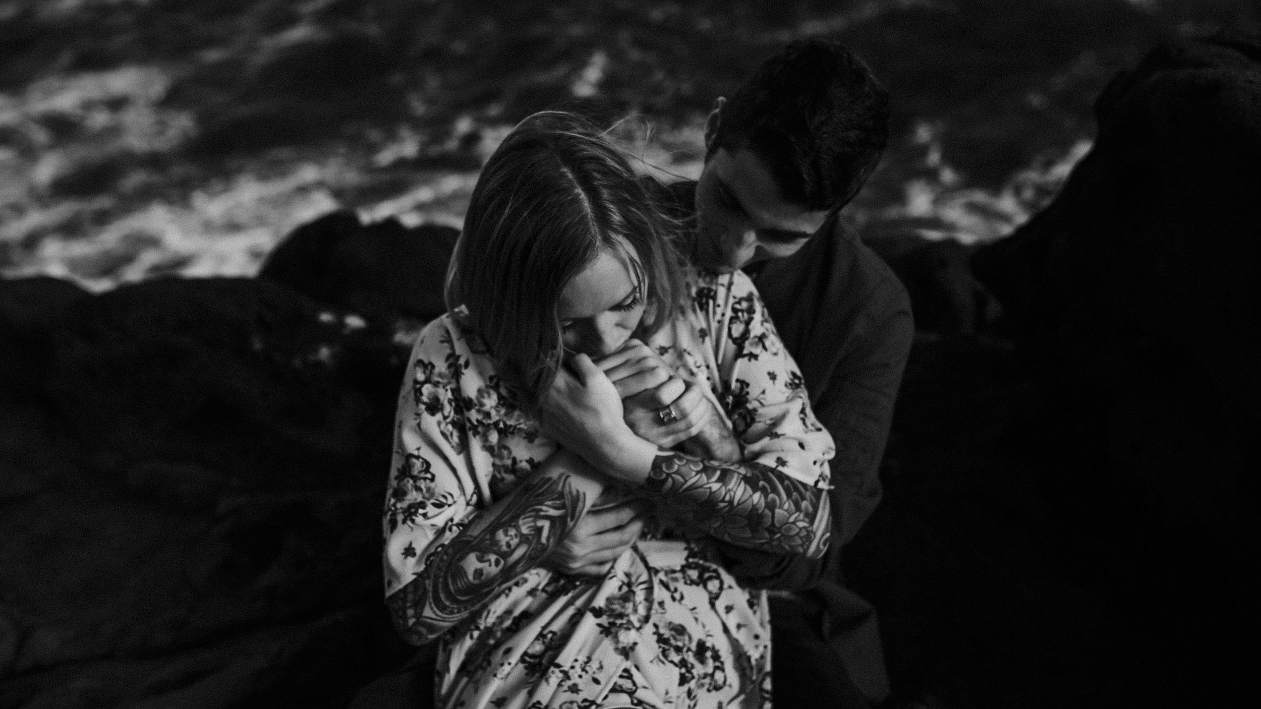 kauai engagement photography spouting horn poipu