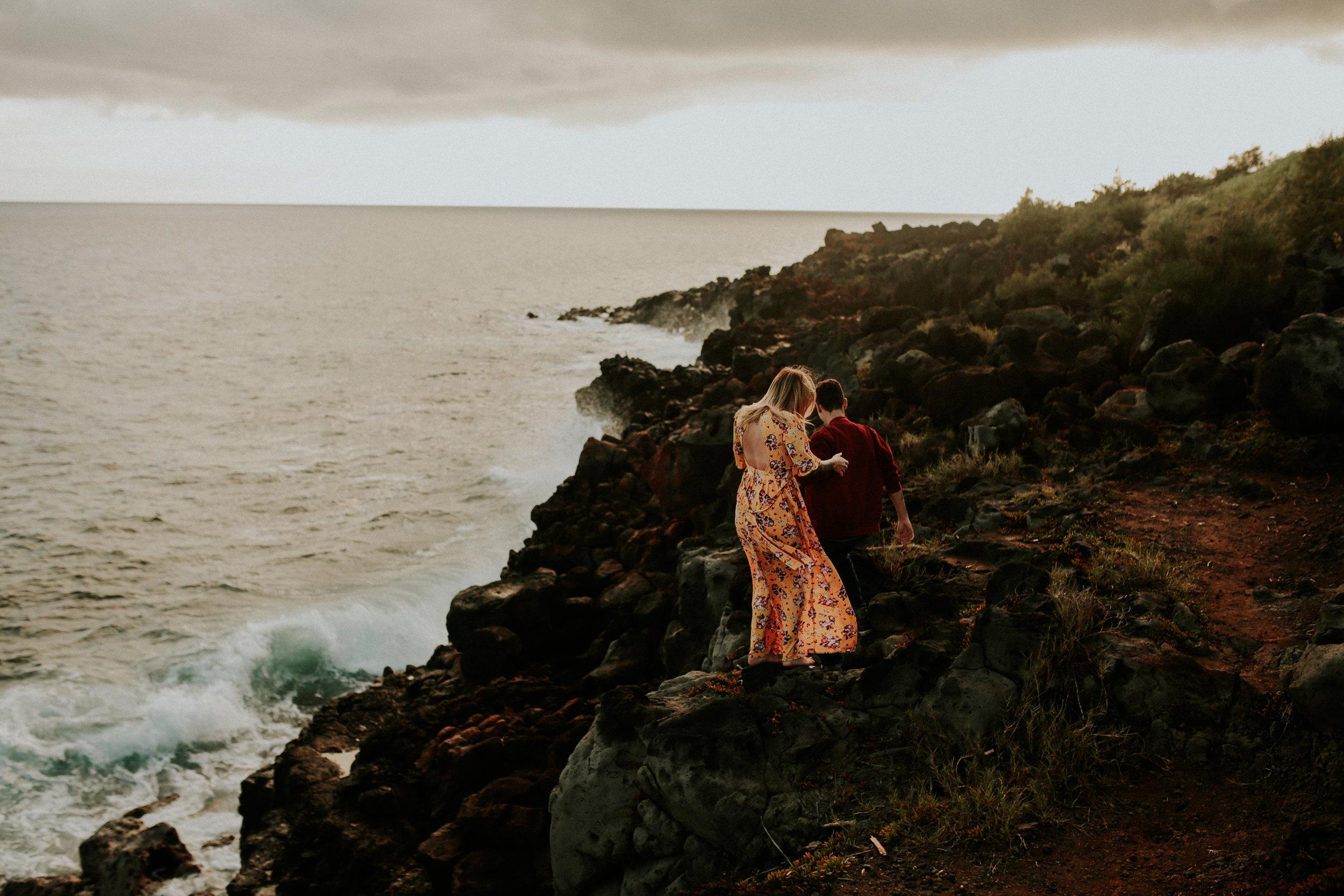 Kauai elopement photographer spouting horn