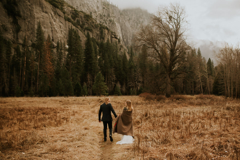 yosemite cooks meadow elopement breeanna lasher